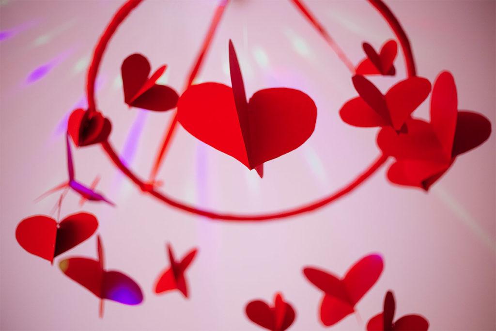 Przedszkole muzyczne - wycinanki w kształcie serca